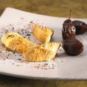 Foie gras confit, prunes au vinaigre